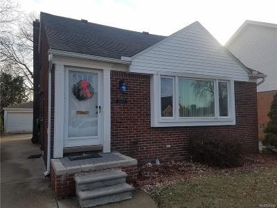 Dearborn Single Family Home For Sale: 22837 Arlington St