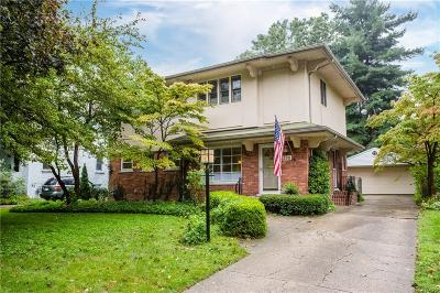 Grosse Pointe Farms Single Family Home For Sale: 265 Ridgemont Rd