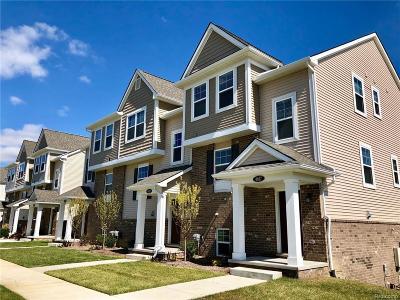 Troy Condo/Townhouse For Sale: 4617 Bradley Cir