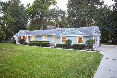 Bloomfield Hills Single Family Home For Sale: 2554 McClintock Rd