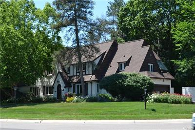 Bloomfield Hills Single Family Home For Sale: 391 N Cranbrook Rd N