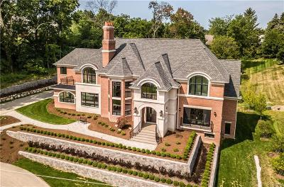 Bloomfield Hills Single Family Home For Sale: 3710 Kirkway Rd