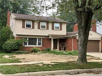Fraser Single Family Home For Sale: 32407 Huber Lane, Fraser, Mi 48026 Ln