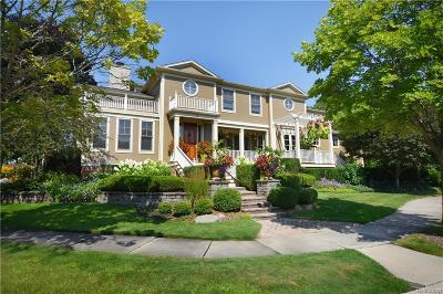 Beverly Hills Single Family Home For Sale: 2 Riverbank Dr