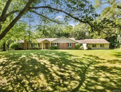 Franklin Single Family Home For Sale: 32501 Romsey Rd