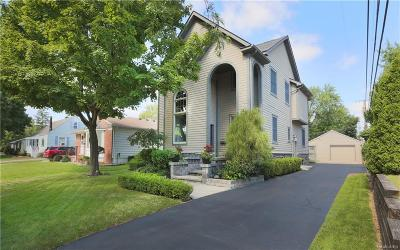 Rochester Single Family Home For Sale: 912 W 3rd St