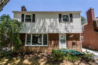 Grosse Pointe Woods Single Family Home For Sale: 1766 Newcastle Rd