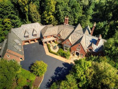 Franklin Single Family Home For Sale: 31370 Baffin Dr