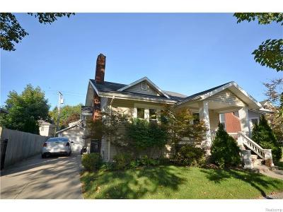 Royal Oak Single Family Home For Sale: 706 S Pleasant St