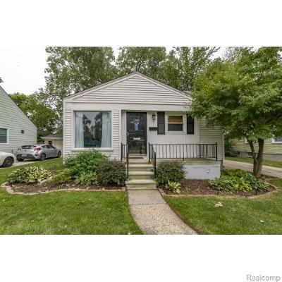 Royal Oak Single Family Home For Sale: 3707 Normandy Rd
