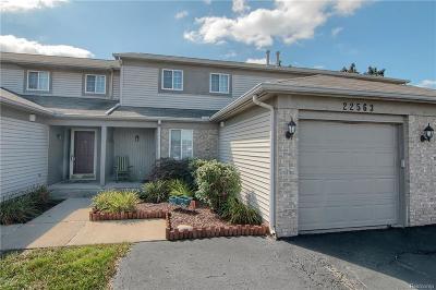 Trenton Condo/Townhouse For Sale: 22563 Silver Creek Dr