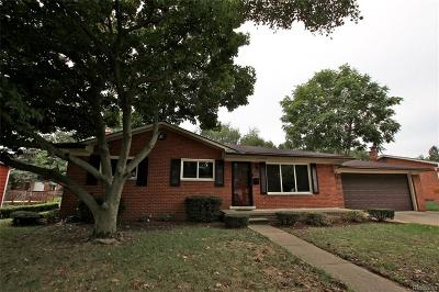 Livonia Single Family Home For Sale: 36249 Lawrence Dr