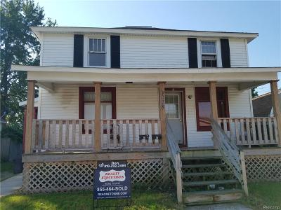 St. Clair Multi Family Home For Sale: 1028 Wells St