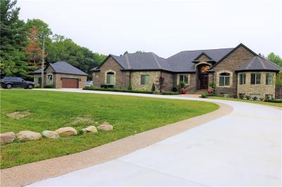 Rochester Single Family Home For Sale: 3960 Harvest Creek Crt
