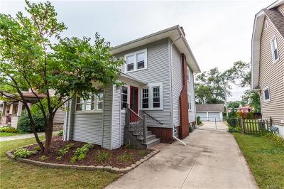 Ferndale Single Family Home For Sale: 831 Withington St