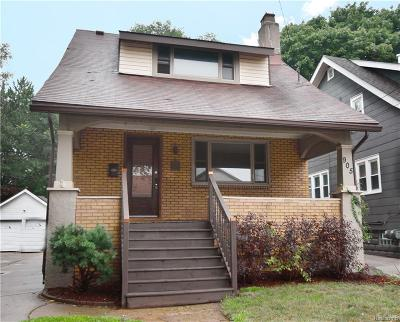 Royal Oak Single Family Home For Sale: 905 Knowles St