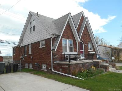 Saint Clair Shores Single Family Home For Sale: 22945 Pleasant St