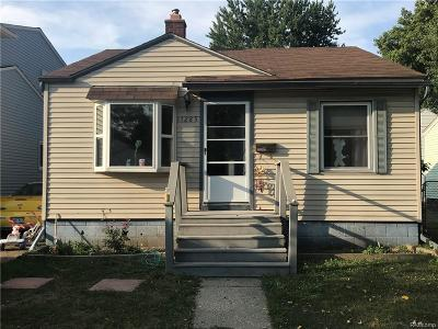 Warren Single Family Home For Sale: 11285 Timken Ave
