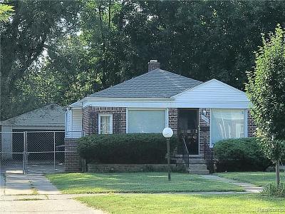 Detroit Single Family Home For Sale: 19145 Burt Rd