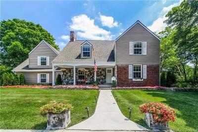 Bloomfield Hills Single Family Home For Sale: 130 N Cranbrook Cross Rd