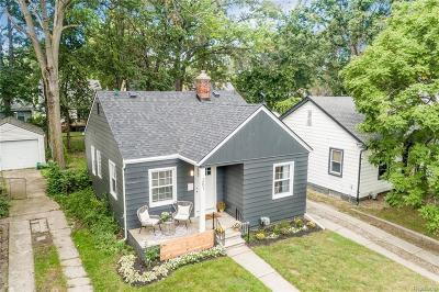 Ferndale Single Family Home For Sale: 261 Flowerdale St
