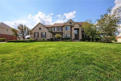 Plymouth Single Family Home For Sale: 9841 Fellows Hill Crt