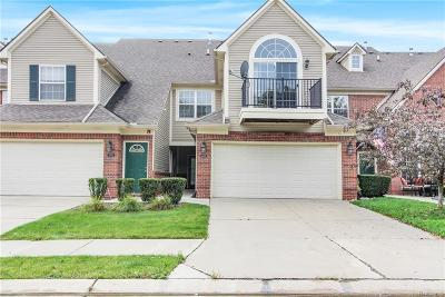 Shelby Twp Condo/Townhouse For Sale: 55499 Ambassador Crt