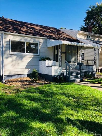 Hazel Park Single Family Home For Sale: 23800 Davey Ave