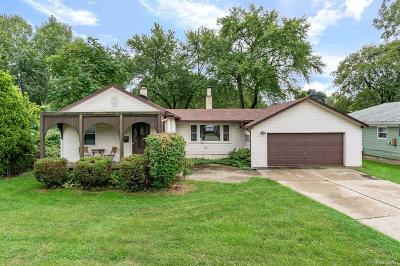 Clawson Single Family Home For Sale: 554 Hendrickson Blvd