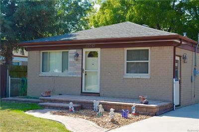 Roseville Single Family Home For Sale: 32061 Solon St
