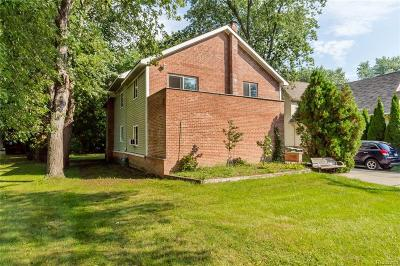 Shelby Twp Single Family Home For Sale: 8849 24 Mile Rd