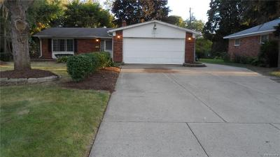 Plymouth Single Family Home For Sale: 42459 Postiff Ave