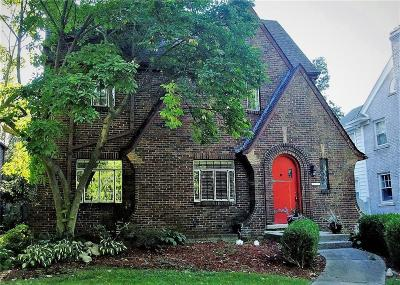 Grosse Pointe Park Single Family Home For Sale: 1311 Bishop Rd