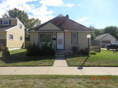 Saint Clair Shores Single Family Home For Sale: 22608 Stephens St
