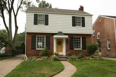 Grosse Pointe Farms Single Family Home For Sale: 269 Ridgemont Rd