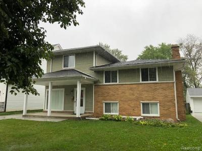 Royal Oak Single Family Home For Sale: 4018 Devon Rd