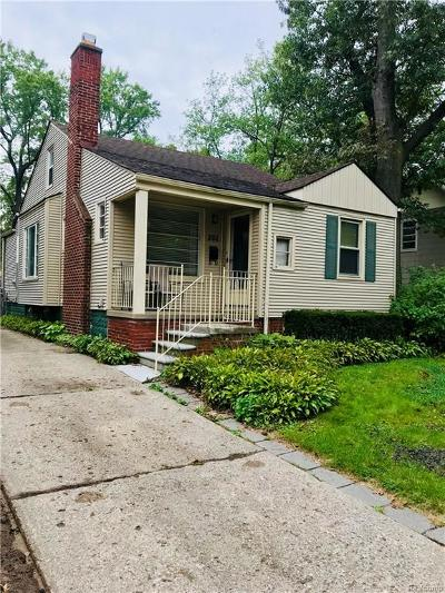 Ferndale Single Family Home For Sale: 201 W Cambourne St