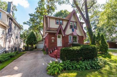Ferndale Single Family Home For Sale: 935 W Drayton St