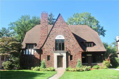 Grosse Pointe Park Single Family Home For Sale: 1245 Three Mile Dr
