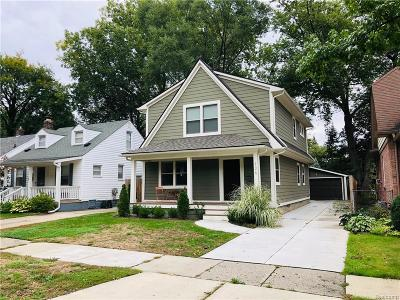 Royal Oak Single Family Home For Sale: 126 N Vermont Ave