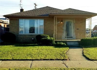 Eastpointe Single Family Home For Sale: 18502 Empire Ave