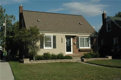 Royal Oak Single Family Home For Sale: 3206 N Blair Ave