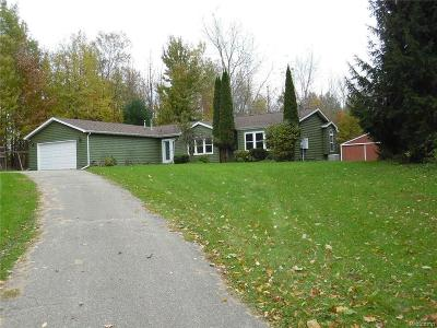 Lapeer Single Family Home For Sale: 4214 Crawford Rd