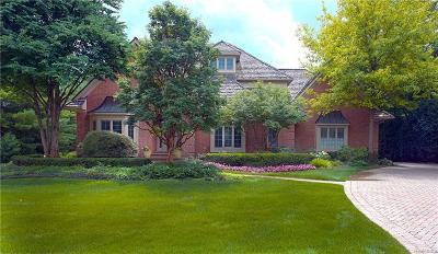 Northville Single Family Home For Sale: 18871 Oak Leaf