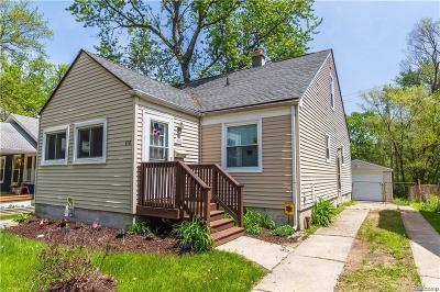 Ferndale Single Family Home For Sale: 410 Pinecrest Drive