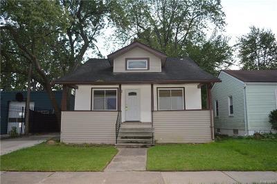Ferndale Single Family Home For Sale: 550 E Marshall St