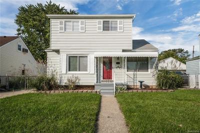 Lincoln Park Single Family Home For Sale: 668 Mayflower Ave
