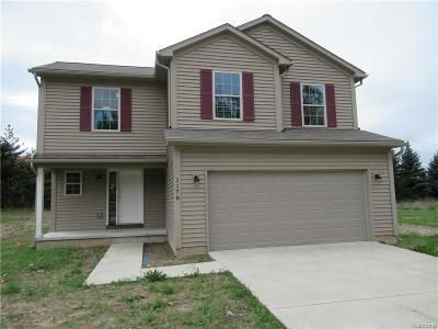 Pontiac Single Family Home For Sale: 1178 Fieldstone Dr