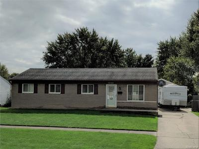 Westland Single Family Home For Sale: 39365 Avondale St