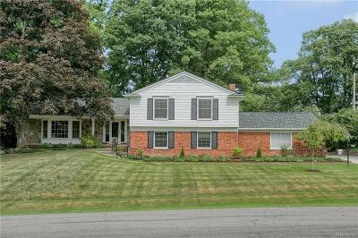 Bloomfield Hills Single Family Home For Sale: 4611 Brafferton Dr